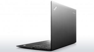 Lenovo -  X1 Carbon New ma obudowę o grubości zaledwie 18 mm